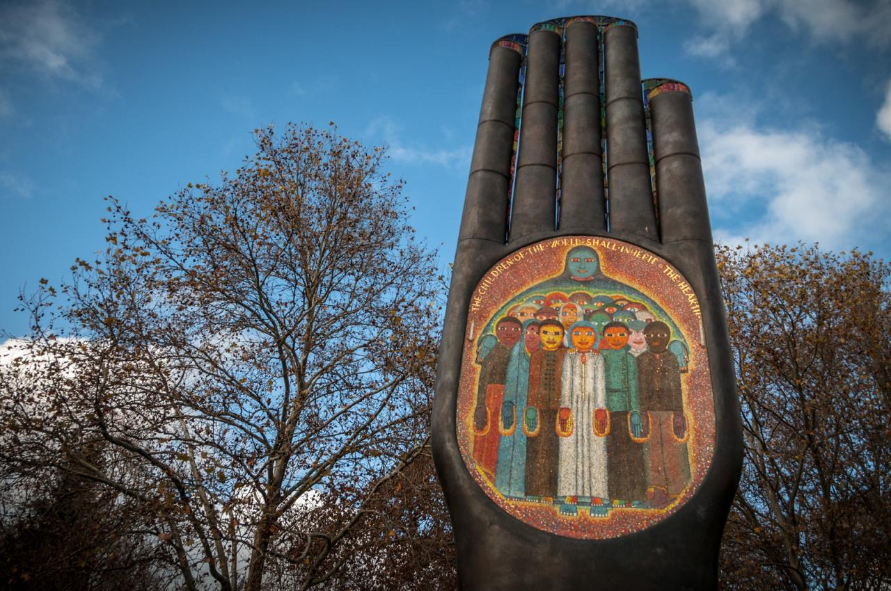 Hand of Peace - Bufano